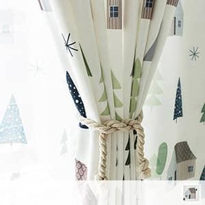 キュートなお部屋柄の北欧風ドレープカーテン
