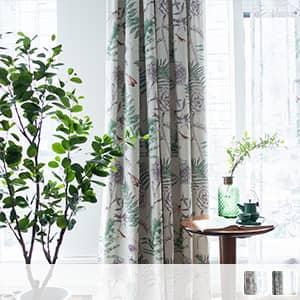 ボタニカルな植物柄のレース付きセットカーテン