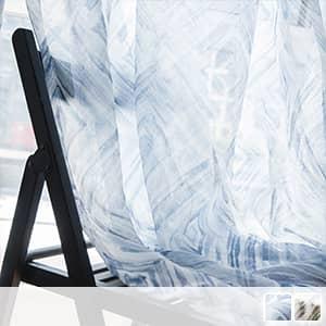 モダンな水彩風の幾何柄レースカーテン