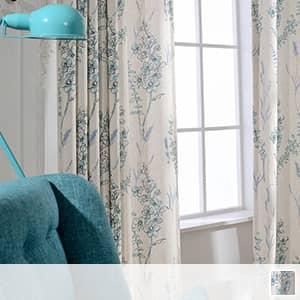 ドレープカーテン、水彩画で描かれた大人デザインなフラワープリント