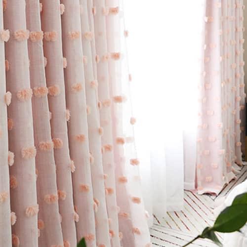 ふわふわドットが付いている一体型姫系カーテン